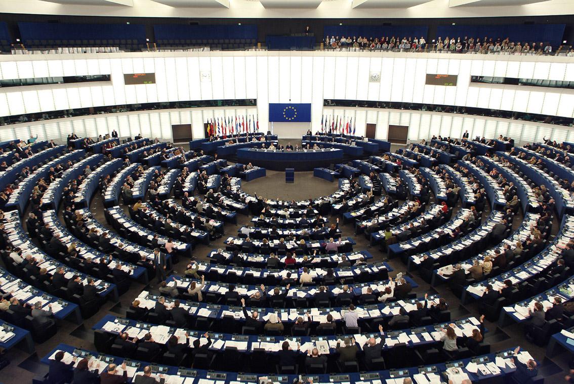 Comunicat | Crida de més de 70 ONG per a una llei que aturi l'extracció i el comerç il·lícit dels #ConflictMinerals